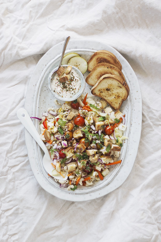 glutenvrije pastasalade met croutons